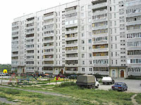 Syzran, Zvezdnaya st, house 42. Apartment house