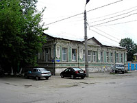 Syzran, Karl Marks st, house 106. Apartment house