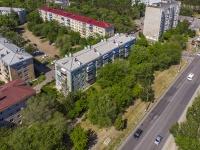 соседний дом: ул. Комарова, дом 2. многоквартирный дом