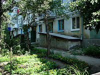 Syzran, Krasilnikov st, house 44. Apartment house