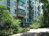 neighbour house: st. Krasilnikov, house 50. Apartment house