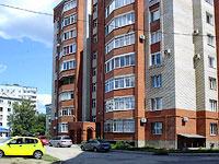 Syzran, Krasilnikov st, house 53. Apartment house