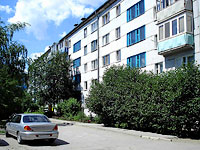 neighbour house: st. Krasilnikov, house 55. Apartment house