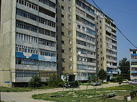 neighbour house: st. Krasilnikov, house 65. Apartment house