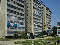 塞兹兰市,  , house 65. 公寓楼