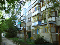 neighbour house: st. Krasnogvardeyskaya, house 2. Apartment house