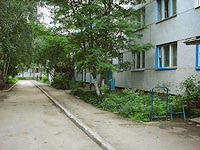 neighbour house: st. Lokomobilnaya, house 27. Apartment house