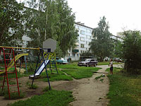 neighbour house: st. Lokomobilnaya, house 29. Apartment house