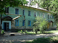 neighbour house: st. Lev Tolstoy, house 6. Apartment house