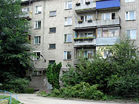 Syzran, Pobedy st, house 21. Apartment house