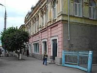 Сызрань, улица Советская, дом 63А. многофункциональное здание