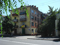 neighbour house: st. Sovetskaya, house 104. Apartment house