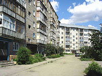 Syzran, Sovetskaya st, house 122. Apartment house