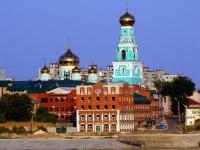 Сызрань, улица Ульяновская, дом 2. многофункциональное здание