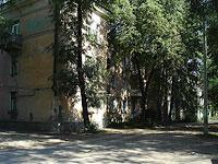 соседний дом: ул. Школьная, дом 3. многоквартирный дом