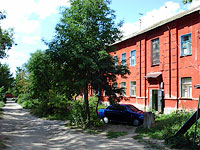Syzran, st Zhukov, house 74. Apartment house