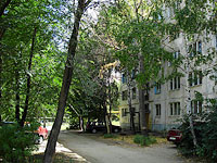 neighbour house: st. Zhukov, house 316. Apartment house