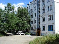 Syzran, Zhukov st, house 317. Apartment house