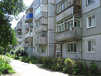 Syzran, Zhukov st, house 326. Apartment house