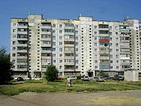 塞兹兰市,  , house 327. 公寓楼