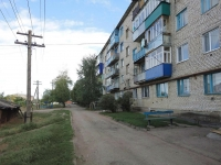 Pokhvistnevo, Kooperativnaya st, house 49. Apartment house