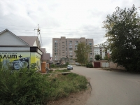 Pokhvistnevo, Kooperativnaya st, house 128. Apartment house