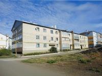 Pokhvistnevo, st Orlikov, house 5. Apartment house