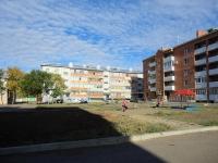 Pokhvistnevo, st Orlikov, house 7. Apartment house
