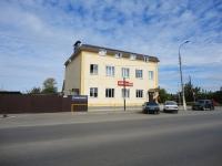 Pokhvistnevo, Revolutsionnaya st, house 193. store