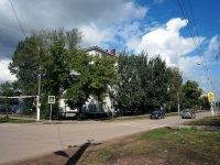 Kinel, 50 let Oktyabrya st, house 105. Apartment house