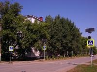 Kinel, 50 let Oktyabrya st, house 105. Apartment house