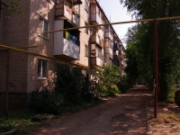 neighbour house: st. 50 let Oktyabrya, house 106. Apartment house