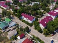 Кинель, улица Некрасова, дом 57. многоквартирный дом