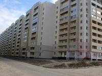 Саратов, улица Батавина, дом 12. многоквартирный дом