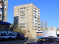 Saratov, Tarkhov st, house 18. Apartment house