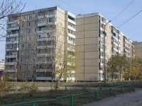 Saratov, Tarkhov st, house 33. Apartment house