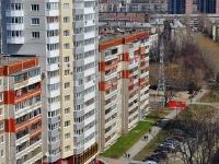 叶卡捷琳堡市, Aviatsionnaya st, 房屋 50. 公寓楼