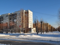 Yekaterinburg, Bratskaya st, house 18. Apartment house