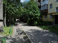 Yekaterinburg, Mashinnaya st, house 58. Apartment house