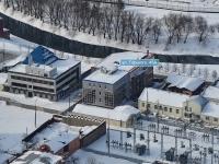 соседний дом: ул. Горького, дом 45А. многофункциональное здание