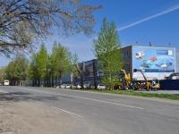 соседний дом: ул. Сибирский тракт, дом 83. офисное здание