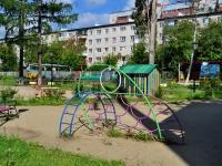 Yekaterinburg, st Traktoristov, house 17. Apartment house