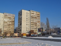 neighbour house: st. Sverdlov, house 2. Apartment house