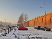 Yekaterinburg, Krestinsky st, house 42. garage (parking)