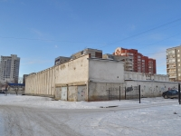 Yekaterinburg, Tkachey str, house 10. garage (parking)