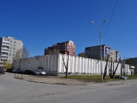 Екатеринбург, улица Ткачей, дом 14. гараж / автостоянка