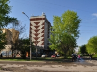neighbour house: st. Kolkhoznikov, house 78. Apartment house