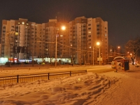 Yekaterinburg, Samoletnaya st, house 1. Apartment house