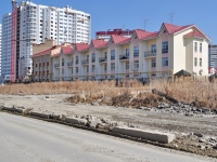 Yekaterinburg, Chkalov st, house 245. Apartment house