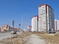 neighbour house: st. Krasnolesya, house 20. Apartment house
